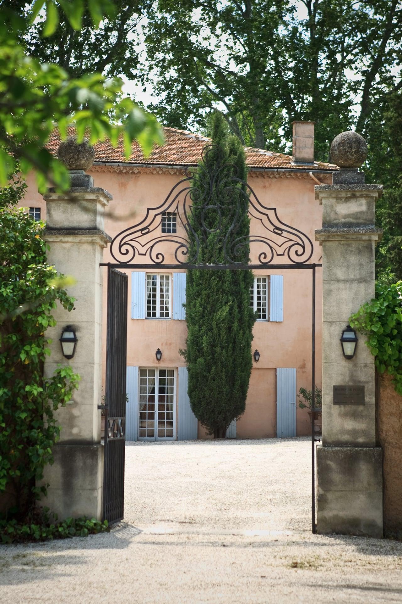 Roland Paix - Lieux d'évènements - Location Bastide Puget - Location lieux de mariage - Var