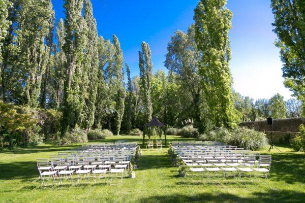 Roland Paix - Lieux d'évènements - Location Bastide Puget - Location lieux de mariage - Alpilles
