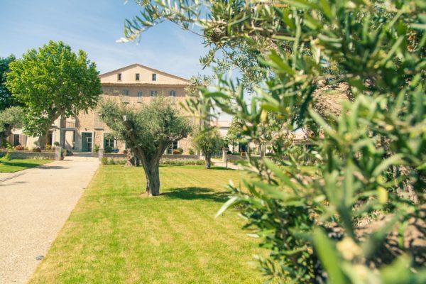 Roland Paix - Lieux d'évènements - Location Château St-Julien - Location lieux de mariage - Côte d'Azur